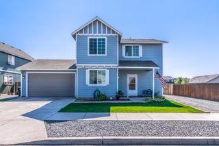 Photo of 3056 SW Cascade Avenue, Redmond, OR 97756 (MLS # 220108902)