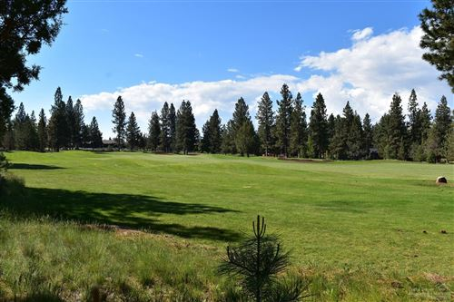 Photo of 17057 Golden Stone Drive #Lot 100, Sisters, OR 97759 (MLS # 201804903)