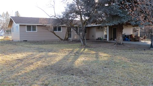 Photo of 566 NW McDonald Road, Prineville, OR 97754 (MLS # 220113905)
