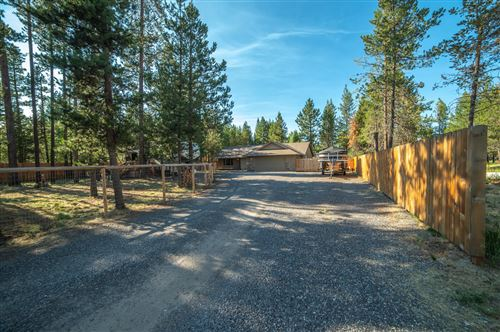 Photo of 17490 Gull Drive, Bend, OR 97707 (MLS # 220127922)