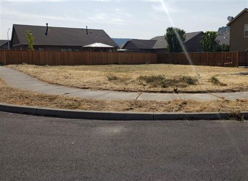 Photo of SE Pioneer Drive, Prineville, OR 97754 (MLS # 220105925)