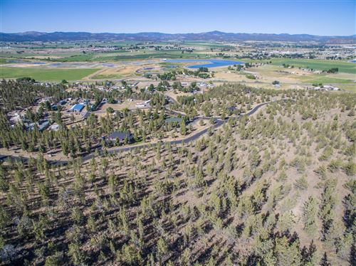 Photo of Crescent Rim Place, Prineville, OR 97754 (MLS # 220105930)