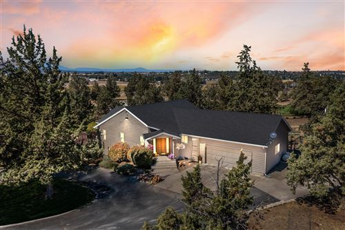 Photo of 164 SW Winchester Lane, Madras, OR 97741 (MLS # 220131931)
