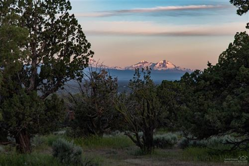 Photo of 15150 Two Saddle Court #Lot 74, Powell Butte, OR 97753 (MLS # 201904947)