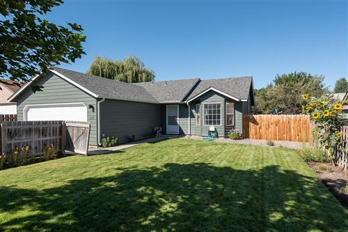 Photo of 2147 SW 29th Street, Redmond, OR 97756 (MLS # 220106947)