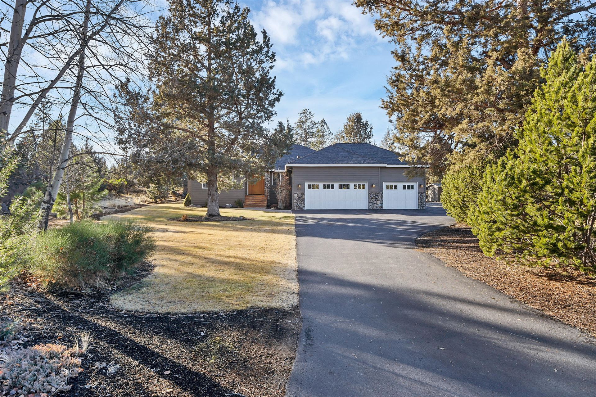 Photo of 60565 Tall Pine Avenue, Bend, OR 97702 (MLS # 220114952)