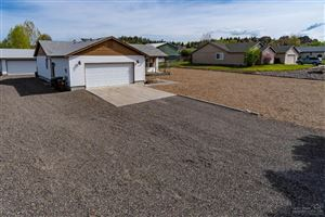 Photo of 1137 NE Bitterbrush Road, Prineville, OR 97754 (MLS # 201903953)