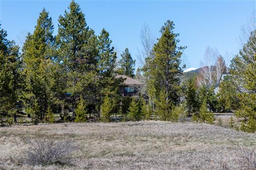 Photo of 56910 River Road #7, Sunriver, OR 97707 (MLS # 201910956)