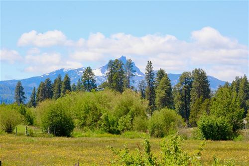Photo of 13780 Bishops Cap, Black Butte Ranch, OR 97759 (MLS # 201910961)