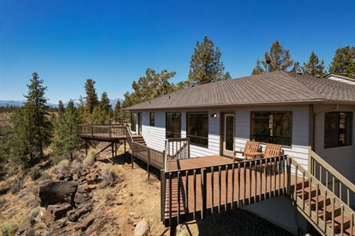 Photo of 17475 Mountain View Road, Sisters, OR 97759 (MLS # 220127974)