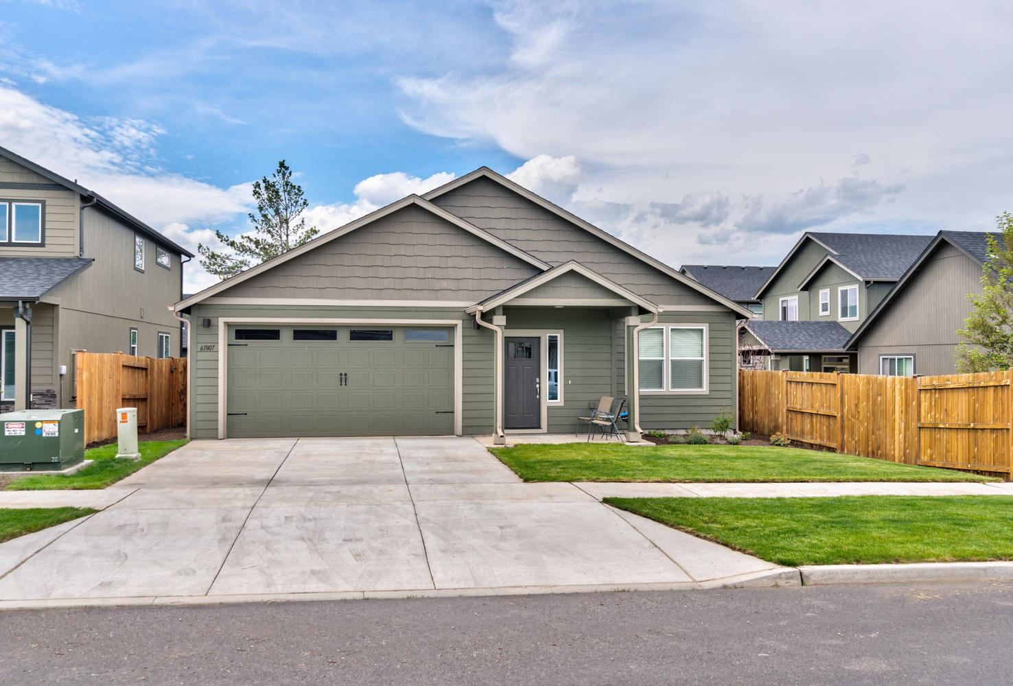Photo of 61807 Daly Estates Drive, Bend, OR 97702 (MLS # 220101976)