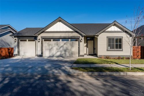Photo of 1061 NE Sunrise Street, Prineville, OR 97754 (MLS # 201904981)