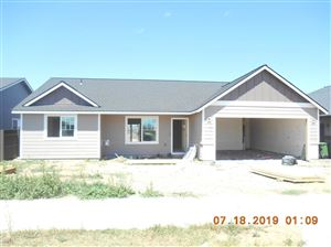 Photo of 332 NE Clearview Court, Madras, OR 97741 (MLS # 201906985)