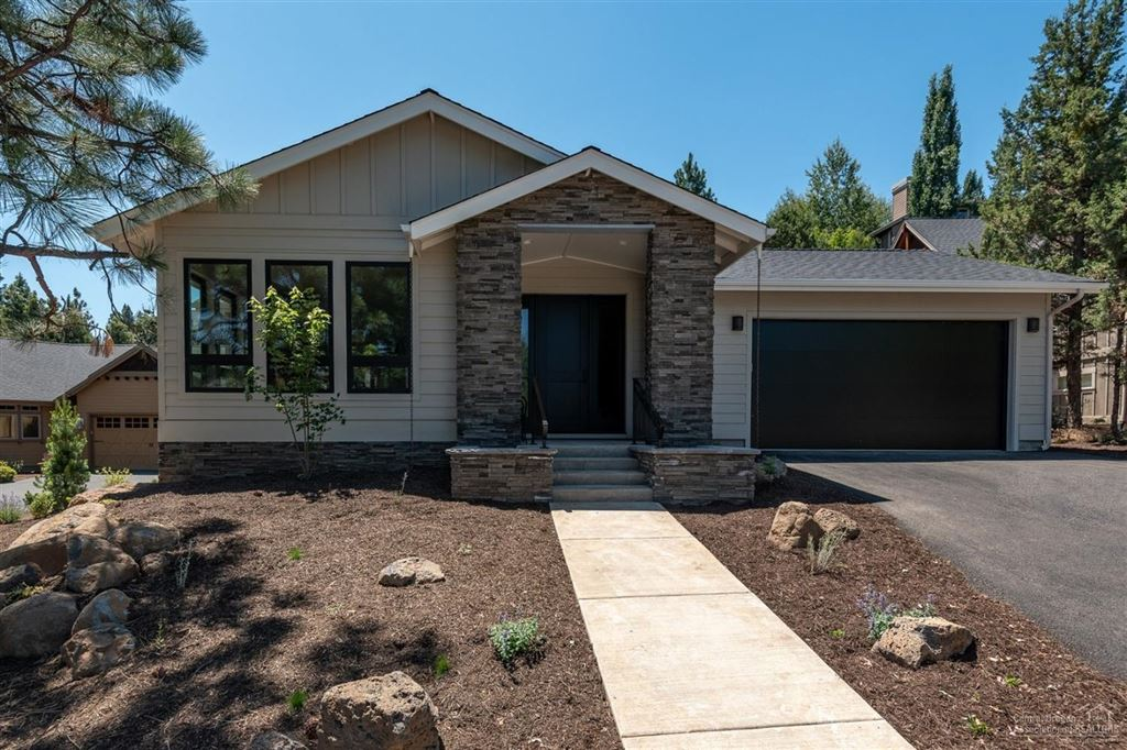 Photo for 3401 NW Bryce Canyon Lane, Bend, OR 97703 (MLS # 201810985)