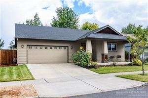 Photo of 226 NW 25th Street, Redmond, OR 97756 (MLS # 201908999)