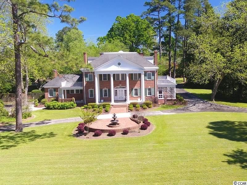 1404 Lake Shore Dr., Lake Waccamaw, NC, 28450, Not within a Subdivision Home For Sale