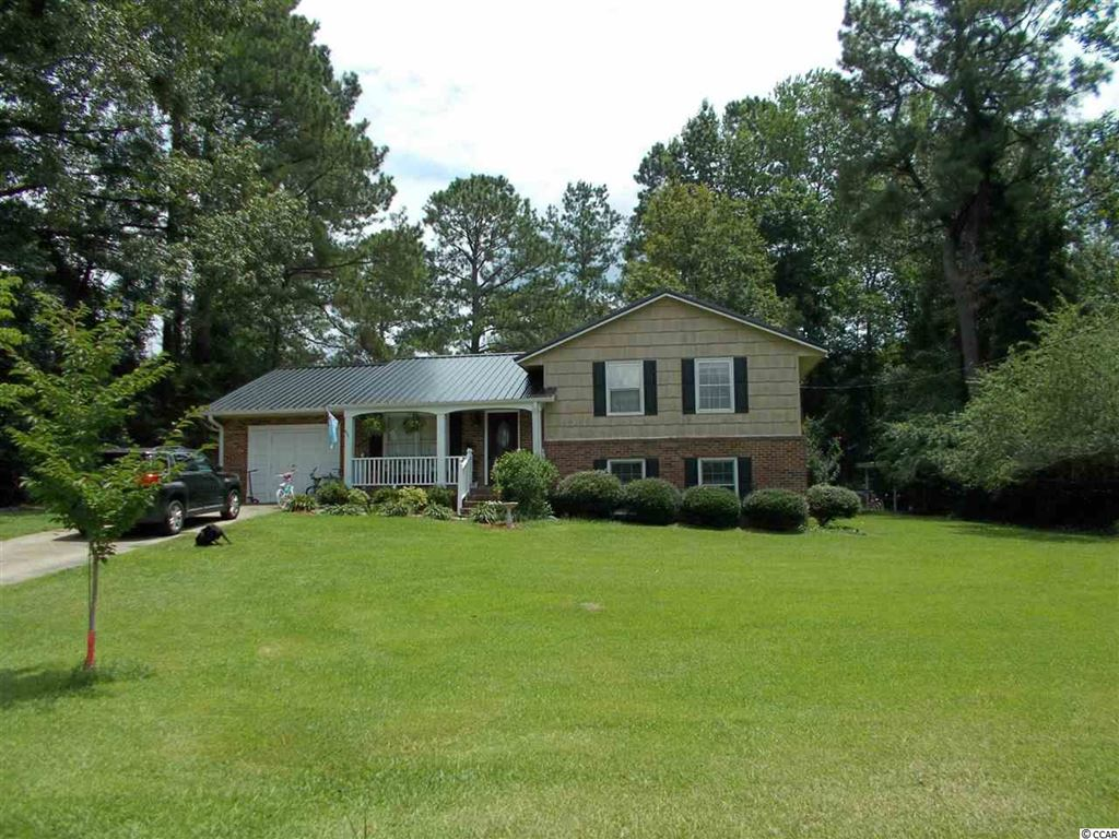 61 Dogwood Rd., Whiteville, NC, 28472,  Home For Sale