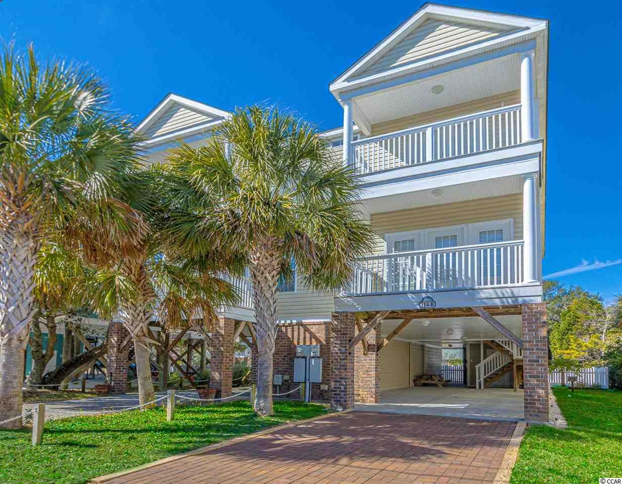 Floral Beach Properties For Sale