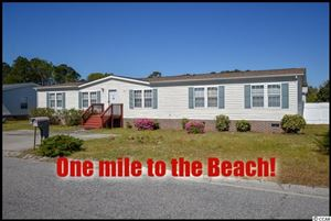 Photo of 504 Dundee St., Garden City Beach, SC 29576 (MLS # 1907527)