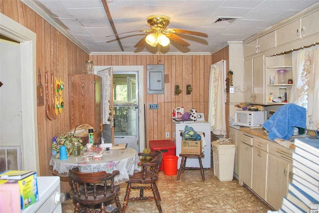 91 Thompson Town Rd., Whiteville, NC, 28472, Not within a Subdivision Home For Sale