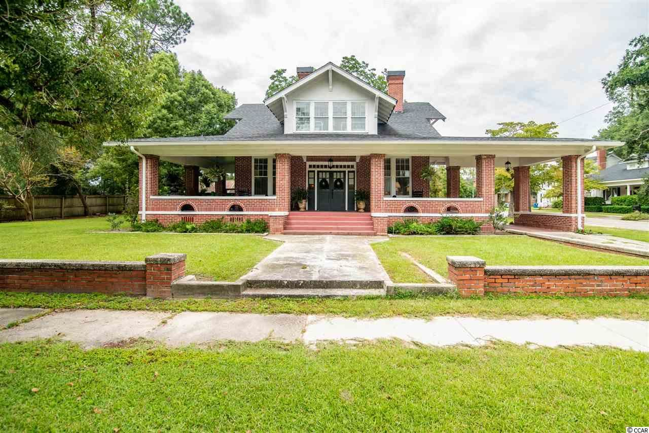 221 N Hampton Ave., Kingstree, SC, 29556,  Home For Sale