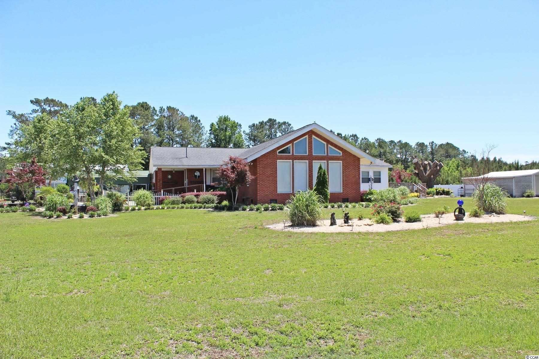 215 Catclaw Rd., Andrews, SC, 29510, Not within a Subdivision Home For Sale