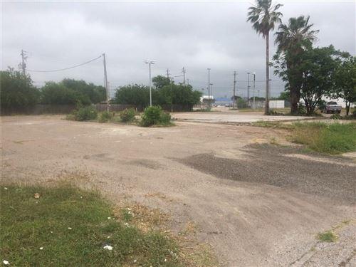 Photo of 3602 Mueller St, Corpus Christi, TX 78408 (MLS # 335639)