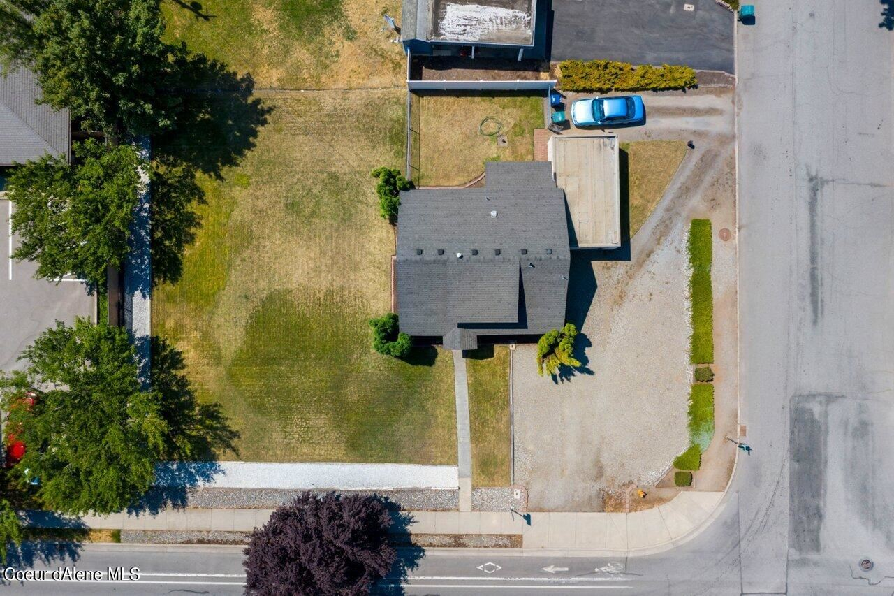 Photo of 1813 N GOVERNMENT WAY, Coeur dAlene, ID 83814 (MLS # 21-7045)