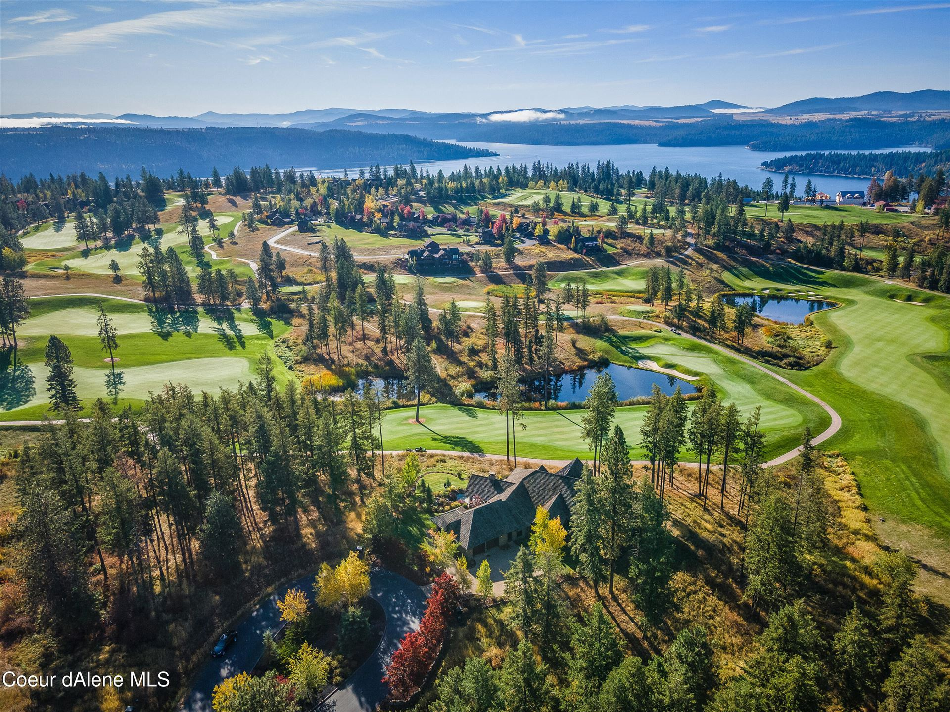 Photo of 16885 S SPINEL CT, Coeur dAlene, ID 83814 (MLS # 21-10095)