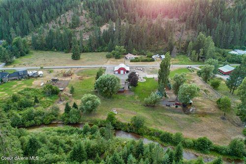Photo of 1952 S Gateway Ranch Rd, Coeur dAlene, ID 83814 (MLS # 21-7108)