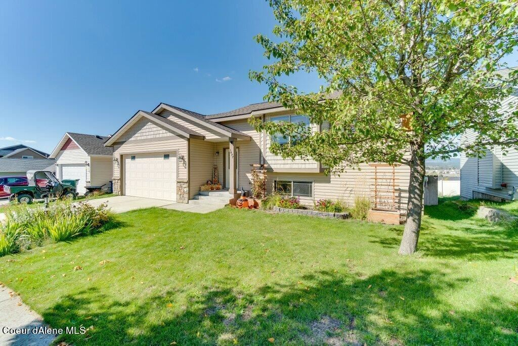 Photo of 3477 N CARRIAGE CT, Post Falls, ID 83854 (MLS # 21-10144)