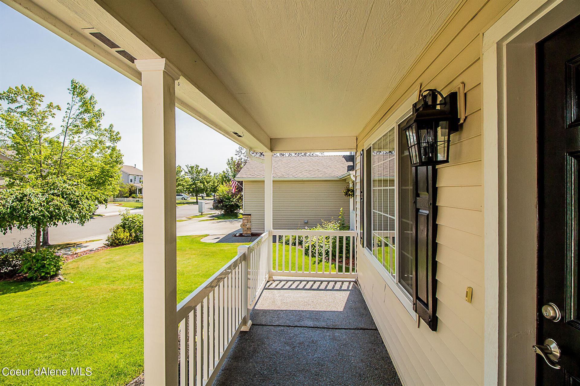 Photo of 2848 W Tours Dr., Coeur dAlene, ID 83815 (MLS # 21-7154)