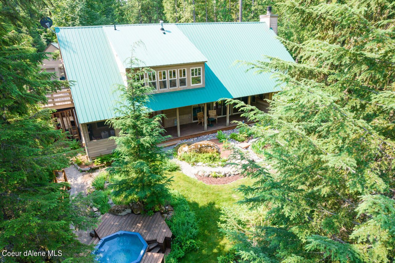 Photo of 13586 Baldy Mountain Rd, Sandpoint, ID 83864 (MLS # 21-7178)