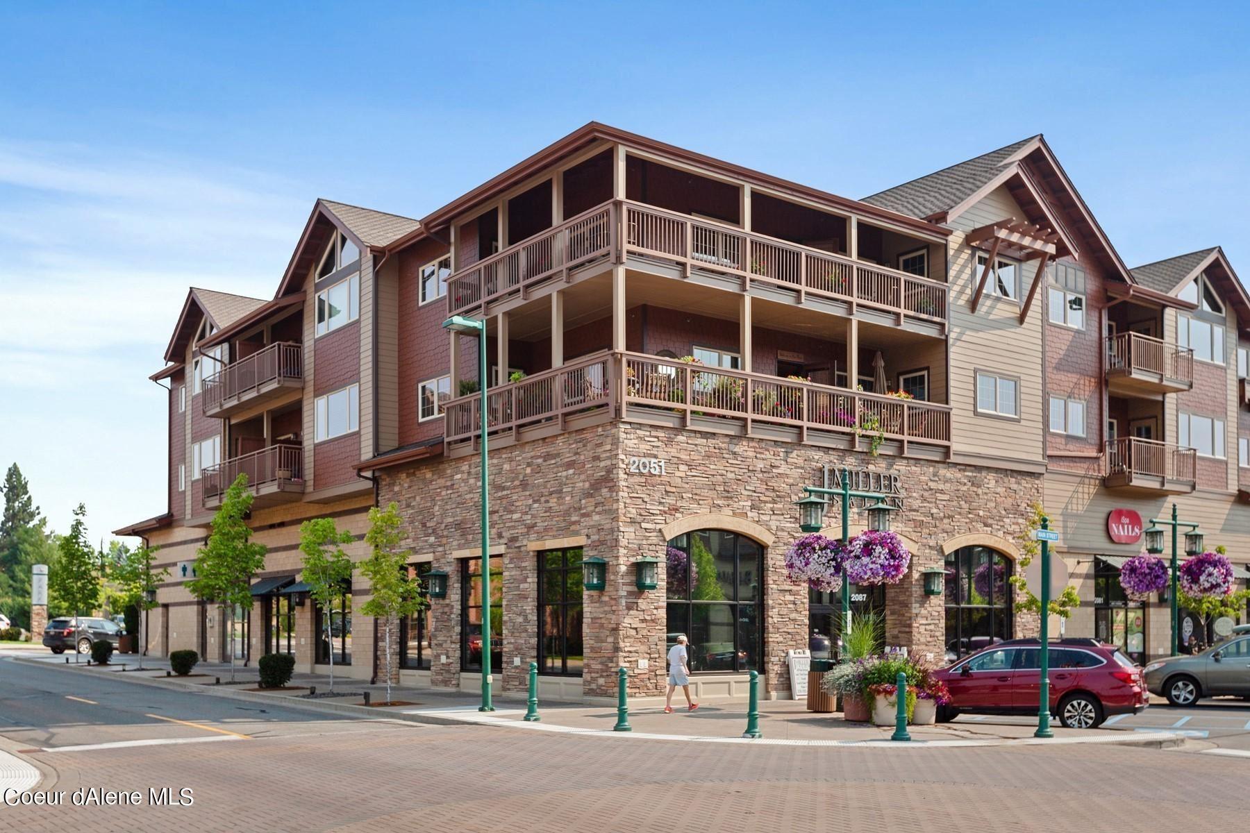 Photo of 2151 N Main St #303, Coeur dAlene, ID 83814 (MLS # 21-4334)