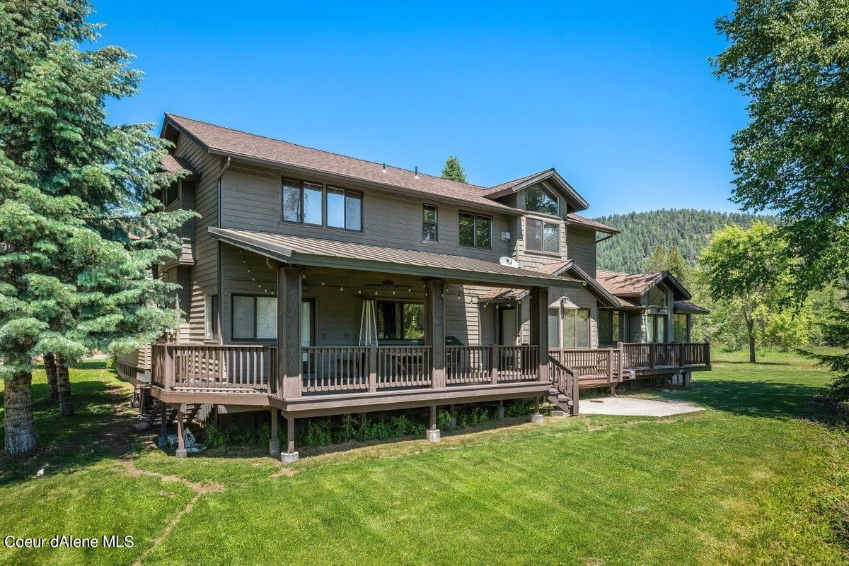 Photo of 96 Marie Victoria Court, Sandpoint, ID 83864 (MLS # 21-2433)