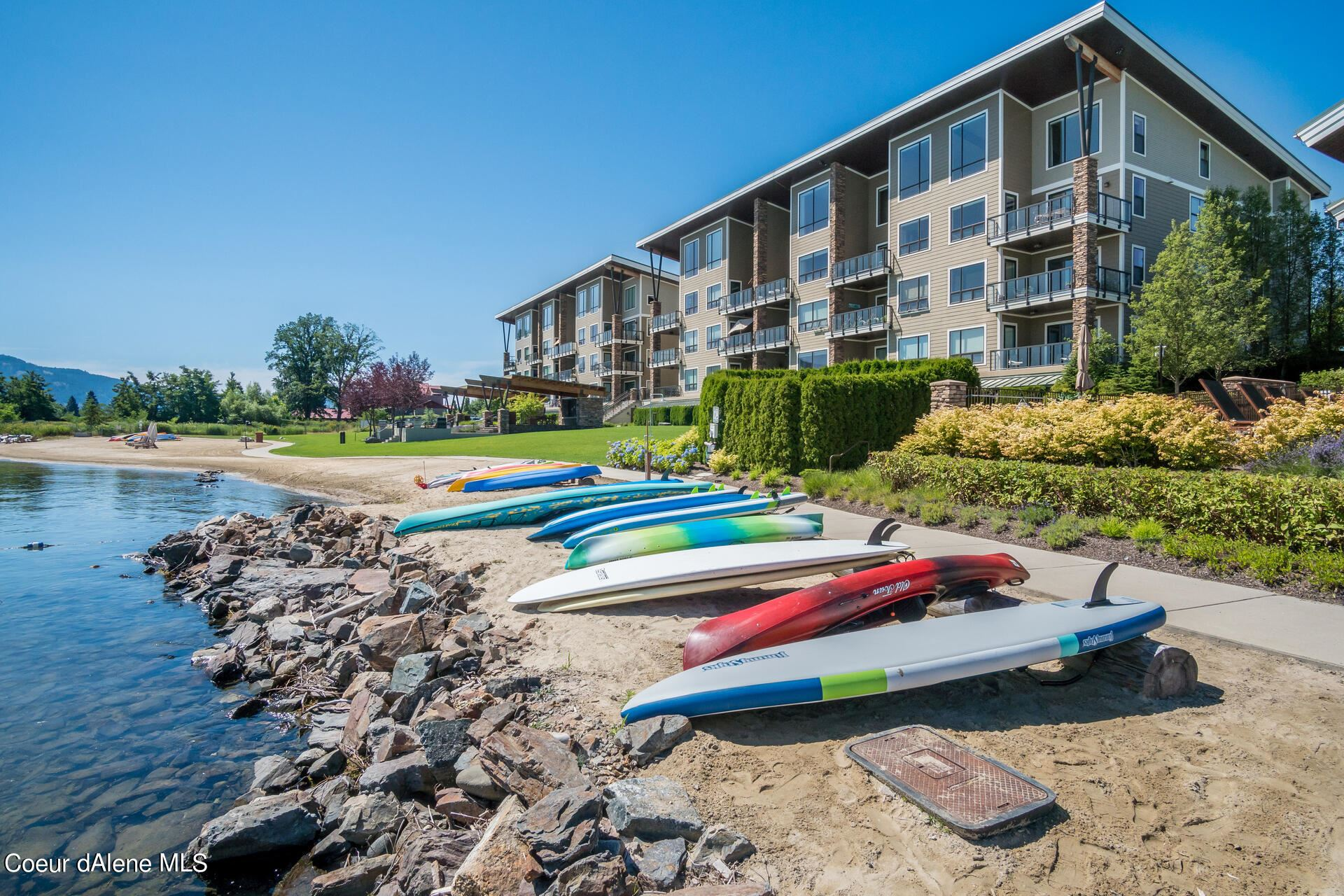 Photo of 402 Sandpoint Ave. #224, Sandpoint, ID 83864 (MLS # 21-7473)