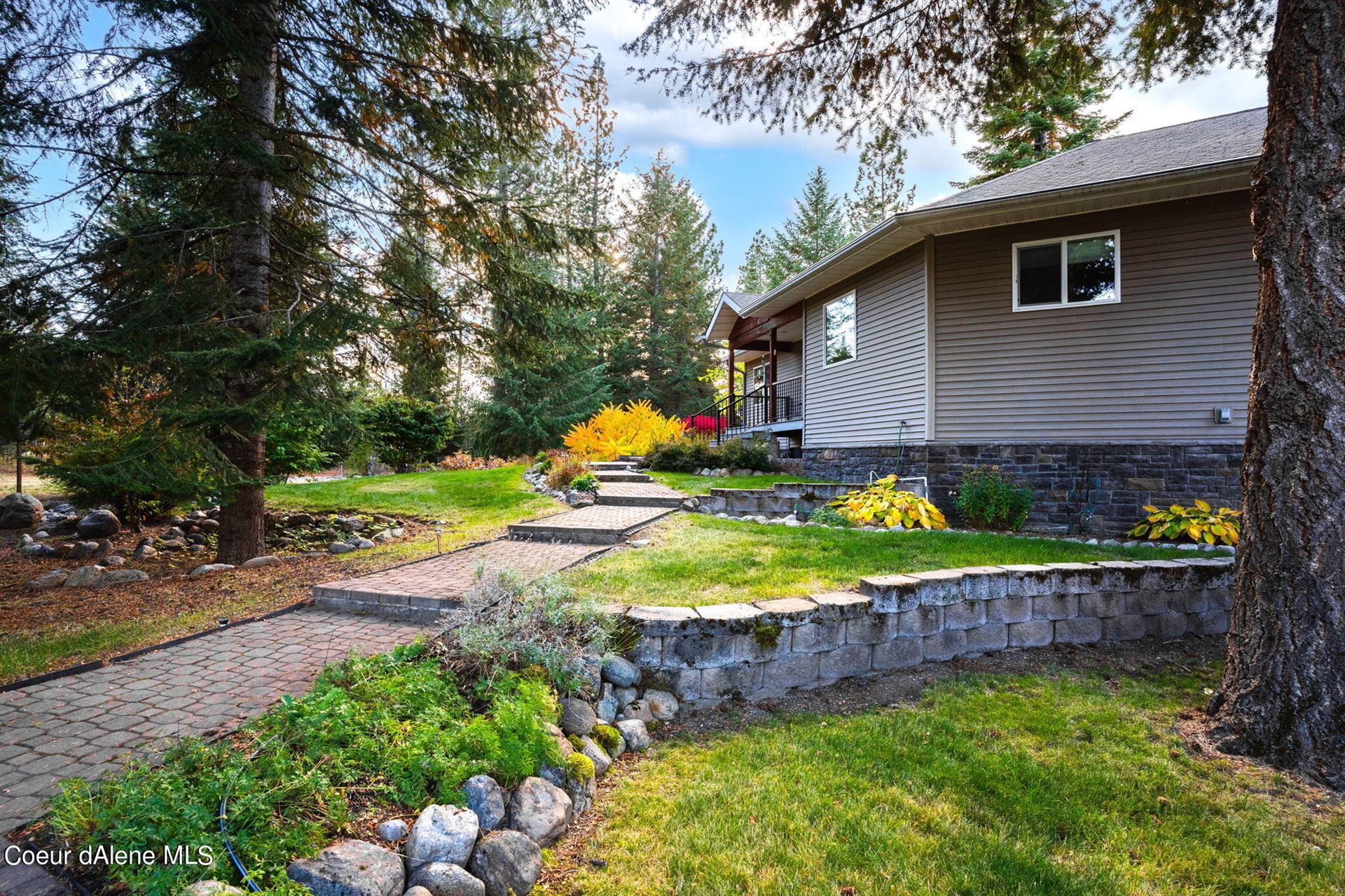 Photo of 21701 N RANCH VIEW DR, Rathdrum, ID 83858 (MLS # 21-10485)