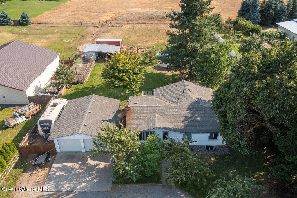Photo of 3344 W Bean Ave, Hayden, ID 83835 (MLS # 21-10491)