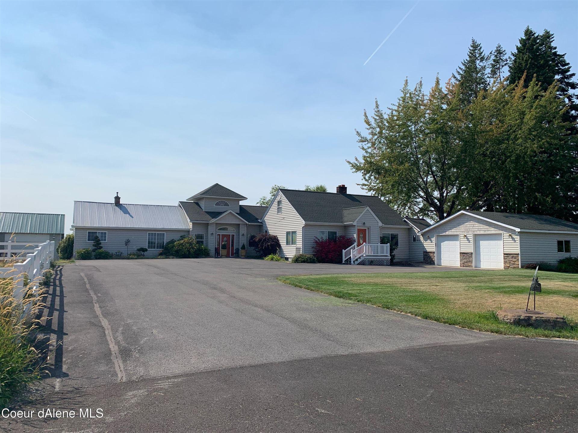 Photo of 2750 E DODD RD, Hayden, ID 83835 (MLS # 21-10510)