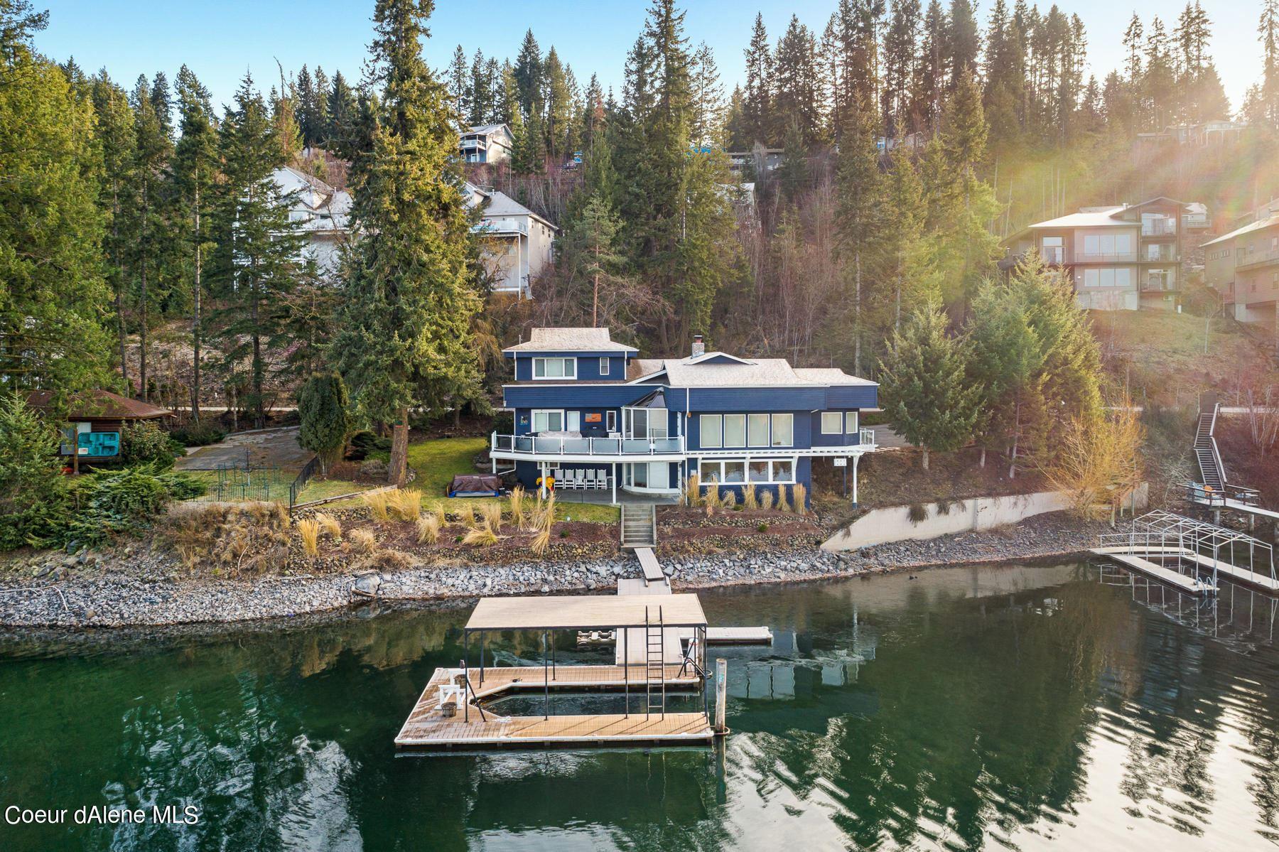 Photo of 2459 E Hayden Lake Rd, Hayden, ID 83835 (MLS # 21-596)