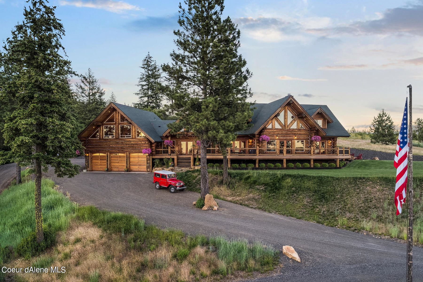 Photo of 17442 S PAINTED ROSE RD, Worley, ID 83876 (MLS # 21-4651)