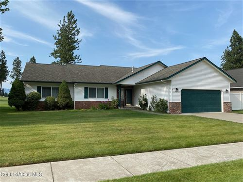 Photo of 451 E SAND WEDGE DR, Post Falls, ID 83854 (MLS # 21-7682)