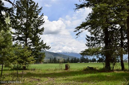 Photo of 75 Valley View Ln, Bonners Ferry, ID 83805 (MLS # 21-9696)