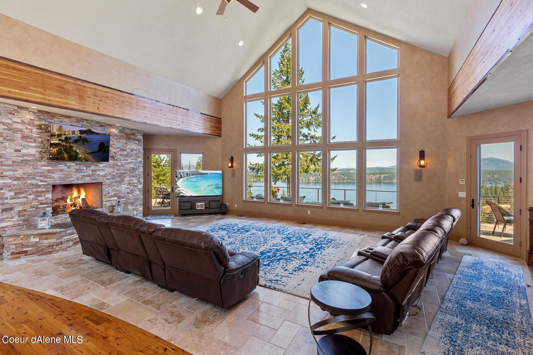 Photo of 3820 E LOOKOUT DR, Coeur dAlene, ID 83815 (MLS # 21-6781)