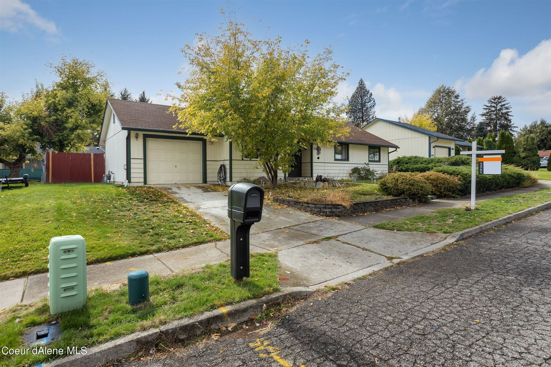Photo of 1002 E WOOLSEY DR, Coeur dAlene, ID 83814 (MLS # 21-9905)