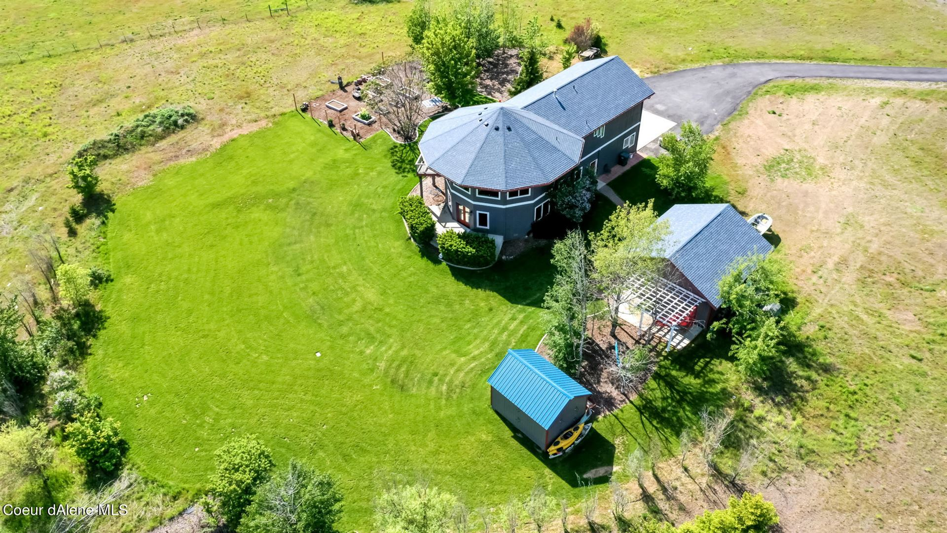 Photo of 22953 N RANCH VIEW DR, Rathdrum, ID 83858 (MLS # 21-4915)