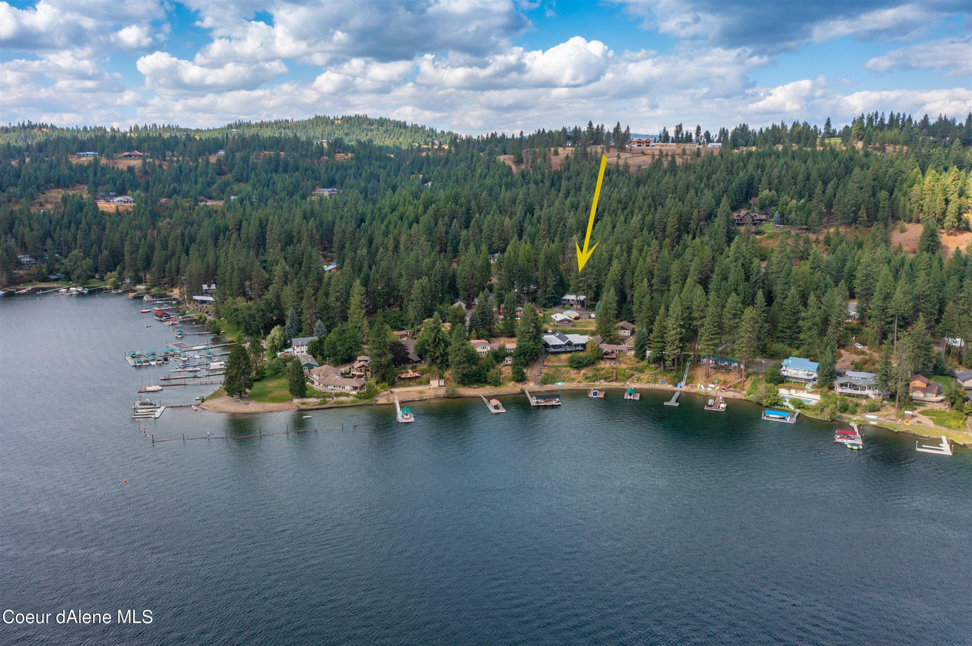 Photo of 7155 W COVENTRY DR, Coeur dAlene, ID 83814 (MLS # 21-8951)