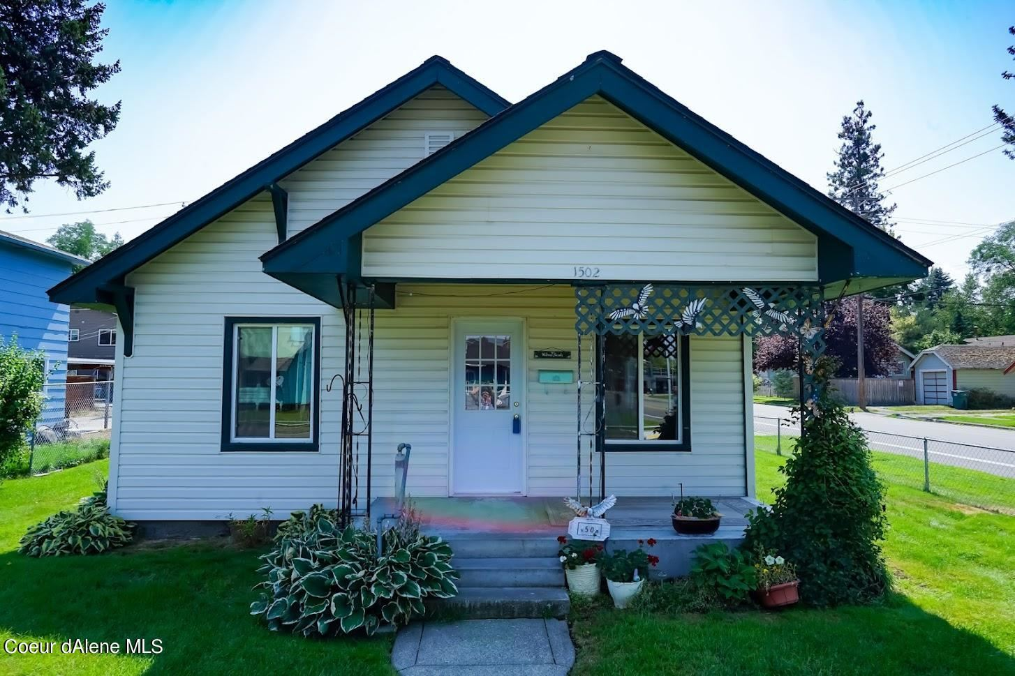 Photo of 1502 E FRONT AVE, Coeur dAlene, ID 83814 (MLS # 21-5976)