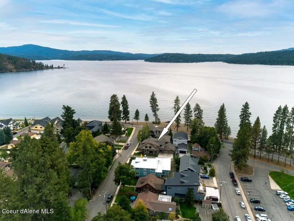 Photo of 111 N FOREST DR, Coeur dAlene, ID 83814 (MLS # 21-9982)