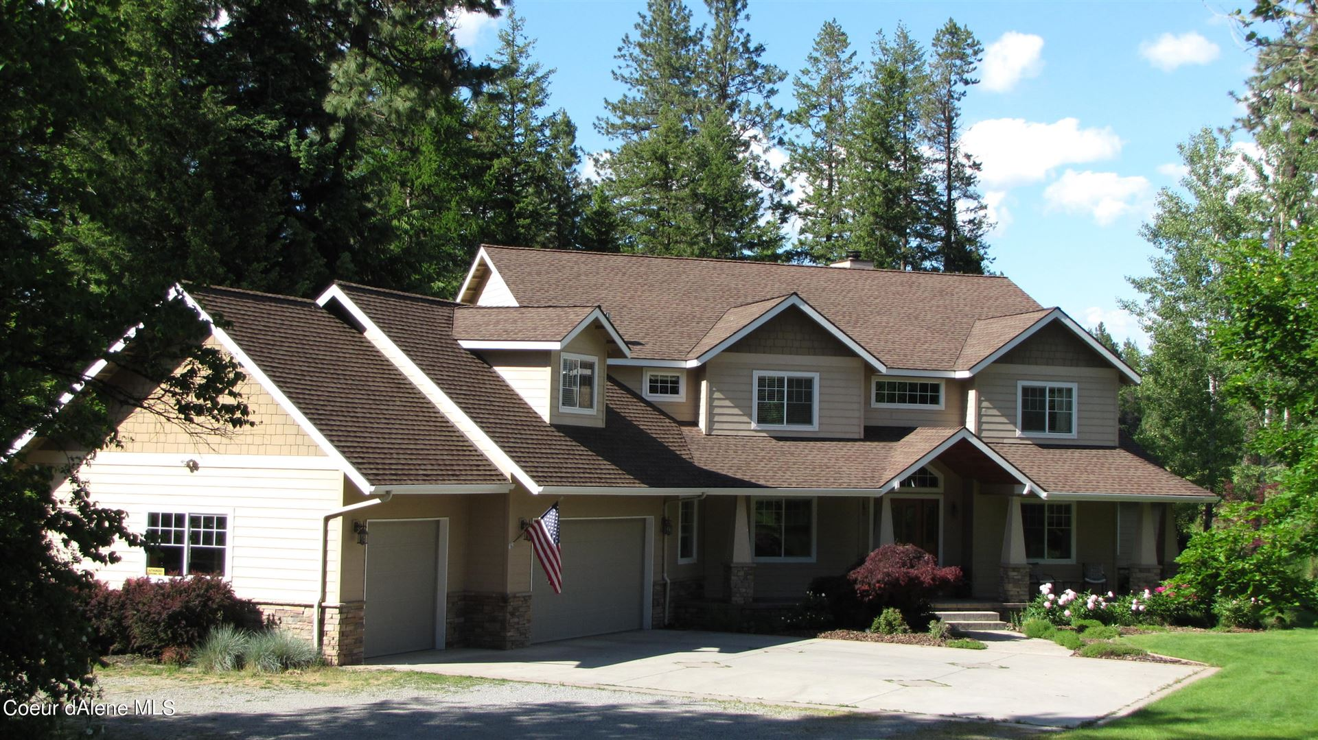 Photo of 3969 E ENGLISH POINT RD, Hayden, ID 83835 (MLS # 21-6983)